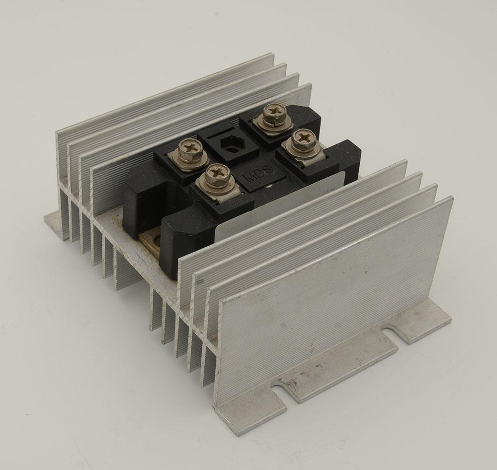 铝制可焊可控硅散热器